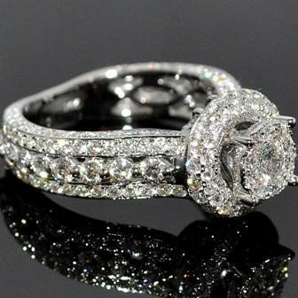 Кольцо с бриллиантом. Фото. Цены