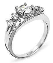 Как узнать сколько карат камень (бриллиант) - Золотой Стандарт ... 2bec6b9ddb1