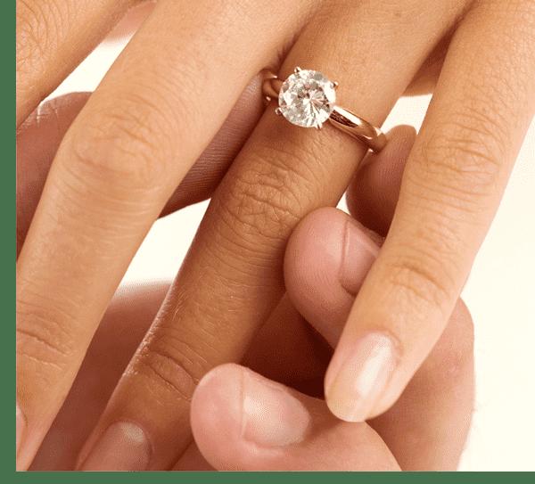 Кольца для помолвки с цирконием купить в Киеве по низкой цене с ... f74358edf18fe